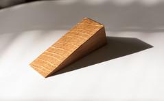 Quarter Sawn Oak Door Stop / Wedge (btyreman) Tags: carl zeiss planart1450 zeissglass oak quartersawn whiteoak americanwhiteoak doorwedge doorstop door wedge stop wood hardwood canon 5dclassic eos5d mk1 eos 5d 50mm planart planar5014ze ze