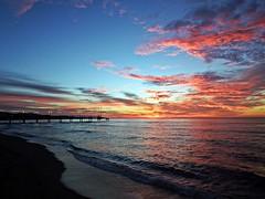 Amaneciendo (Antonio Chacon) Tags: andalucia amanecer españa spain sunrise marbella málaga mar mediterráneo costadelsol cielo agua paisaje nubes nature naturaleza