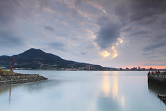 淡水夕照 (Lavender0302) Tags: 夕陽 雲 淡水 新北市 台灣 taiwan sunset clouds