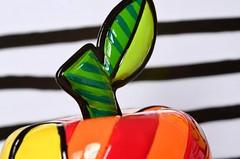 Macro Mondays - Glaze (Explored 10-4-2017) (frankvanroon) Tags: macromondays glaze macro hmm mm apple art romerobritto britto figures leaf colorful inexplore