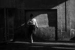 Pause (efradera) Tags: bw barcelona blackandwhite boqueria cinematic esfujifilmx fashion fuji fujifilm fujifilmxseries fujixt10 girl market people shadows street streetlife streetphoto streetphotography woman