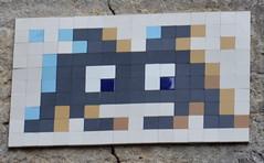 Space Invader - PA_331 (Ausmoz) Tags: paris street art streetart rue urbain urban mur murs wall walls installation installations decal decals mosaic mosaique mosaiques space invader « invaders » tile tiles 75004 pa331 331