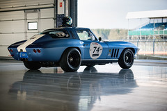 Andy Dee Crowne and Sam Thomas - 1964 Chevrolet Corvette Stingray at the 2017 Silverstone Classic Media Day (Photo 2) (Dave Adams Automotive Images) Tags: automotive car cars daai daveadams daveadamsautomotiveimages motorsport motorsportphotography racing silverstone silverstoneclassic vintage wwwdaaicouk andydeecrowne samthomas 1964chevroletcorvettestingray 1964 chevrolet corvette stingray
