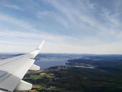 IMG_20161006_112522 (VagabonDali) Tags: norway norvegia plane aereo travel klm viaggio destinazione arrivo destination arrival green sky verde cielo up alto fiordo natura nature airplane fly volare