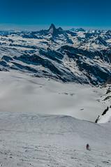 Pujant Allalinhorn (faltimiras) Tags: saas fee saasfee glaciar glacera alphubel allalinhorn matterhorn cervino cervi dent blanche herens herenz swiss suissa swizerland alps alpes moutain skimo skimountanering esqui muntanya montaña
