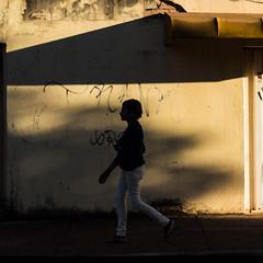 Rua Santa (Hygor Lennon) Tags: street photography streetphotography brasil br bsb brasília df santamaria fotografiaderua urbano diaadia experience experimentosvisuais veralem urbanphotography moment streetphoto humancondition life streetstyle streetactivity urbanandstreets urban urbanandstreet