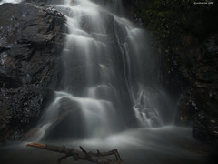 Small waterfall (Guilherme GMP) Tags: waterfall challengeyouwinner
