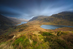 Cwm Idwal 1 (WilliamJW46) Tags: wales lakes longexposure clouds leebigstopper moody hills mountains carneddau