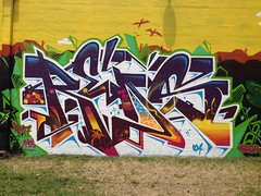 San Antonio, TX  Content Under Pressure (missREDS_AM7) Tags: sanantonio graffiti texas graff reds 004 am7 amseven fewandfar contentunderpressure 004connec missreds thepaintyard