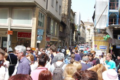 """We Can't Move!!"" (SnapDoc) Tags: italy florence tourists crowds streetscenes"