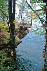 Shoreline on Mawikwe Bay (nikons4me) Tags: cliff fall wisconsin rocks shoreline lakesuperior mawikwebay apostleislandsshoreline