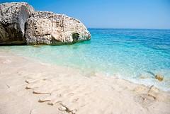995106_612058245493307_1081293456_n (duldinger) Tags: italien beach strand mare kristallklar sardienen