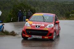 22 Peugeot 107 - 2013 Rallye 2000 Viratges _2347e (antarc foto) Tags: auto wet rain race de 22 1 nikon 2000 rally catalonia racing cc rainy coche marc b2 catalunya nikkor asphalt adri slippery peugeot 107 vr rallye afs motorsport dx 18105 cotxe empord campionat automovilismo baix 2013 r1a cendra ralli escuderia viratges taurons d7000 serratosa rallis 53
