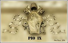 ITALIA  Roma.   C.M. (Cesalf) Tags: escudos herldica heraldicapapal