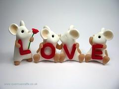 LOVE Mice (Quernus Crafts) Tags: cute love valentine mice polymerclay whitemice quernuscrafts
