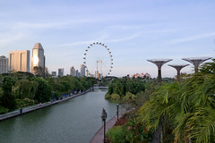 sunset skyline (aerophonics) Tags: flyer singapore marinabay