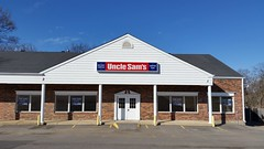 Permanently Closed Uncle Sam's Store - Manchester, MO_20170225_145625 (Wampa-One) Tags: permanentlyclosed unclesams militarysurplus campinggear store closed outofbusiness manchestermo