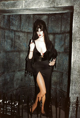 Movieland Wax Museum - Elvira - 1987 (AdinaZed) Tags: los angeles la 1987 buena park movieland wax museum elvira california ca