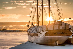 A morning with the boats - 2 (Heartforestphotography) Tags: winter ship helsinki finland balticsea sunrise colour kruunuhaka ice