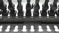 (ester_marak) Tags: monocromatic monocromático estermarakfotografia estermarakphotography estermarak celular urca pretoebranco blackandwhite bw brancoepreto brasil street photography geometria geometric