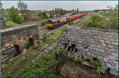 Tumbledown (Terry 47401) Tags: 66170 6m82 walsall freight terminal dowlow empty stone stapleford sandiacre station reamins tumbledown decay decayed building train railway class66