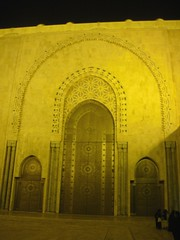 Hassan ii Mosque at Night (Rckr88) Tags: hassan ii mosque night hassaniimosqueatnight hassaniimosque casablanca morocco northafrica africa travel travelling masjid light lights arch arches architecture islamic