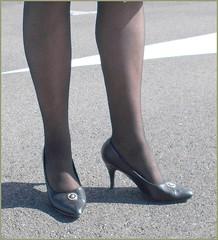 2017 - 03 - 10 - Karoll  - 021 (Karoll le bihan) Tags: escarpins shoes stilettos heels chaussures pumps schuhe stöckelschuh pantyhose highheel collants bas strumpfhosen