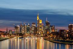 Frankfurt Skyline 1 (andy.konrad) Tags: architektur blauestunde frankfurt gebäude hessen hochhaus main mainhattan skyline sonnenuntergang stadt