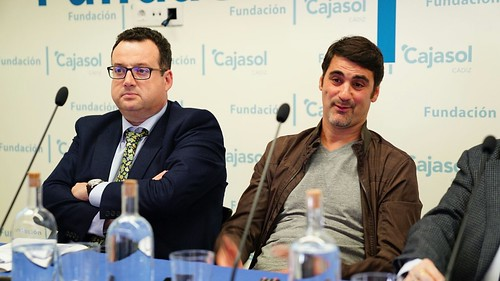 Aula de Salud sobre 'Fracturas dorsales en accidentes de tráfico' desde la Fundación Cajasol en Cádiz (8)