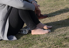 Candid feet from China (334) (Candid 100%) Tags: asian candid feet nylon pantyhose chinese china shoeplay dangling dipping toes soles foot shoes ballet flats high heels pumps sandals külotlu çorap ayak füsse strumpfhose калготкі чорапогащник pantis punčocháče strømpebukser sukkpüksid sukkahousut collants media calza καλσόν harisnyanadrág パンティーストッキング 팬티 스타킹 zeķbikses pėdkelnės جوراب شلواری rajstopy meiacalça ciorapi колготки унихоп pančucháče hlačne nogavice strumpbyxor קאָלגאָטקעס broekiekס