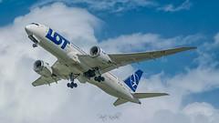 LOT 787 (piotrkalba) Tags: 787 boeing hdr warsaw warszawa pll lot lotpolishairlines spotting planespotting