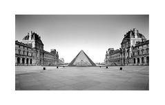 Cour du Louvre - Paris (David MONSU Photography) Tags: lelouvre paris pyramides pyramidedulouvre