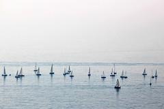 (modestino68) Tags: mare sea barche ships orizzonte horizon onde waves