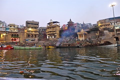 Manikarnika Ghat (Fif') Tags: inde india bharat 2017 varanasi bénarès benares sri shri uttar pradesh ganga gange gaṅgā gōnga ganges