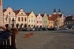 Telc 5:  main square (williamjosephmiller) Tags: telc moravia czech republic main square townhouses renaissance 16th century architecture historic altstadt hauptplatz vieille ville stare mesto