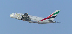 Dubai 09April17.03 (Pervez 183A) Tags: omdb dxb dubai emirates airbusa380