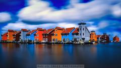 Die bunten Häuser von Groningen (Marius Thies Photography) Tags: groningen water mariusthiesphotography nature architecture harbour hafen wolken sunny clouds cloudy holland niederlande netherlands reitdiep