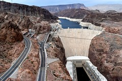 2017-04-20_09-53-37 (Thirsty Hrothgar) Tags: dam hydroelectric arizona nevada mead hoover monstrous enormous gigantic largest