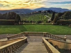 - Toscana ⚜️ (renatolobuono) Tags: flickrdiamond diamondclassphotographer sunrise italia italy sunset tramonto panorama toscana