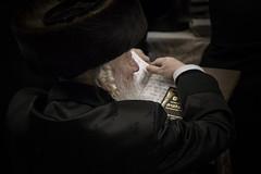 IMG_4515-2.jpg (fabrice.croize) Tags: israel isr jerusalem yeroushalayim priere kotel hakotel westernwall jewish juif religieux prayer light wall hebreux hebrew