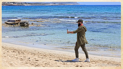 The Man on the beach - Canon EOS 5D Mark III - Tamron SP 24-70mm f/2,8 Di VC USD (Beek2012) Tags: canon canoneos5dmarkiii tamronsp2470mmf28divcusd europe europa cyprus cypern ayianapa beach man selfie