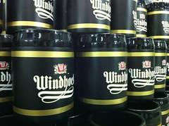 พิมพ์ถังน้ำแข็งพลาสติก ไซส์ยักษ์ Windhoek Lager