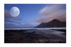 Excusas que convertimos en motivos. (eheknor) Tags: moon night del punta tenerife nocturna hidalgo