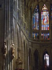 Prague (★ iolo ★) Tags: church prague iso400 praha cathédrale républiquetchèque §§§ saintguy f49 ¹⁄₁₂₅s canonpowershots90 6225mm lrrouge