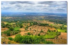 Paisagem avistada do Castelo de Linhares da Beira (vmribeiro.net) Tags: portugal landscape paisagem da beira linhares