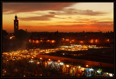 Jemaa el Fna never goes to sleep (Ciao Anita!) Tags: friends sunset tower square zonsondergang tramonto torre toren minaret morocco marocco marrakesh piazza plein marokko jemaaelfna crepuscolo theperfectphotographer marrakechtensiftalhaouz fotoworkshopnl minarato