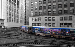 Advertise With CTA (player_pleasure) Tags: chicago train cta tracks unitedairlines chicagotransitauthority chicagoist flythefriendlyskies vision:text=0526 vision:sky=0706 vision:outdoor=0867 vision:car=0626 vision:street=0726