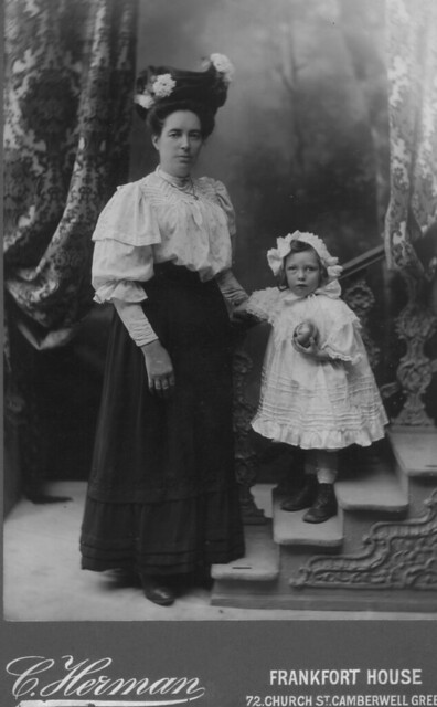 Mary_Jane_Lewis_nee_Sandford_and_Maude_Mabel_Lewis