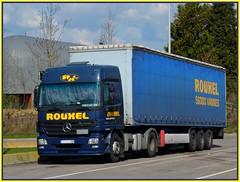 "MERCEDES Actros 1841 Semi-Remorque tautliner ""ROUXEL"" (encadr) (xavnco2) Tags: blue france mercedes bleu lorry camion mercedesbenz picardie lkw semitrailer somme autocarro actros tautliner semiremorque"