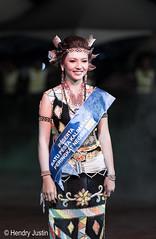 kalimara 2014 peagent contestant (kalumbiyanarts colors) Tags: sabah cultural dayak murut murutdance kalimaran2104 murutcostume sabahnative